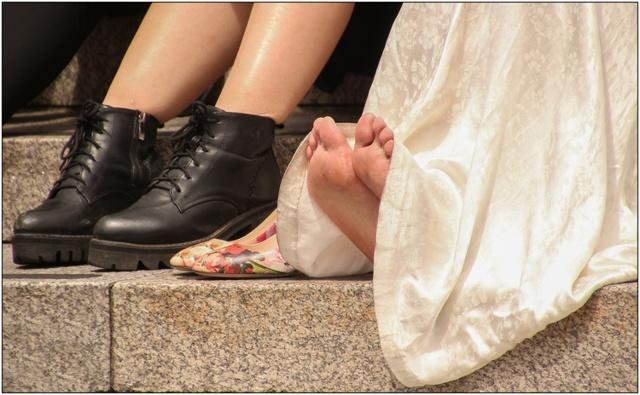 Как убрать и вывести мозоль на стопе ноги: способы лечения