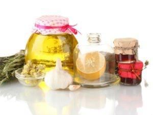 Лечение хондроза в домашних условиях народными средствами: лопухом, листьями хрена, мумие, травами, лавровым листом