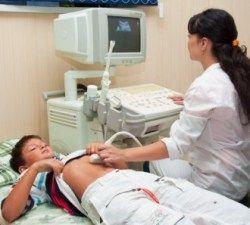 Грыжа белой линии живота у детей: причины, симптомы, лечение без операции или методом удаления