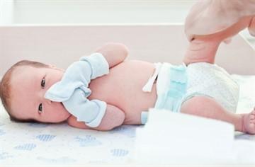 На какой день отваливается пупочный остаток у новорожденных