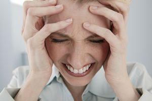 Панические атаки при шейном остеохондрозе: симптомы, лечение, эффективные препараты