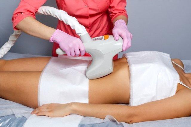 Как подтянуть кожу на животе: эффективные способы и профилактические меры