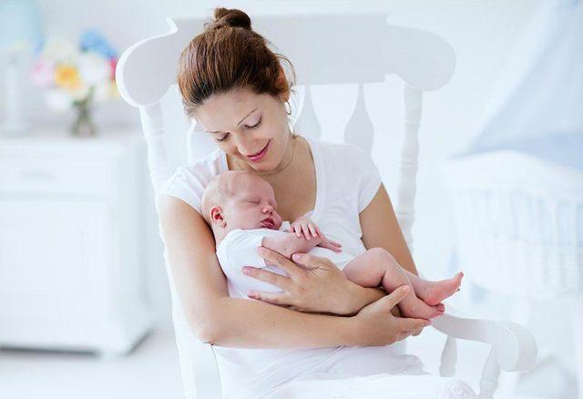 Боль в животе у новорожденных: причины, симптомы, способы избавления и профилактика