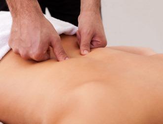 Лечение седалищного нерва в домашних условиях: основные принципы, первая помощь и методы терапии
