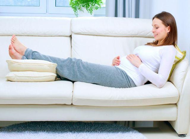 Тянущие боли по бокам внизу живота при беременности: причины, диагностика и лечение