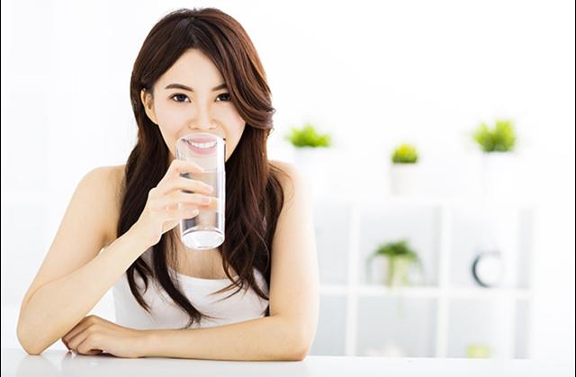 Как убрать живот и бока без физических упражнений