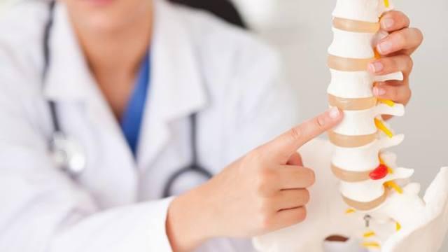 Хондроз поясничного отдела позвоночника: симптомы и лечение, упражнения, лекарства, лечебная гимнастика, зарядка