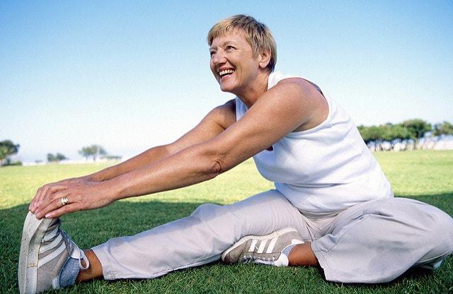 Как убрать жир с живота у женщин после 50 лет: причины формирования, способы и профилактика