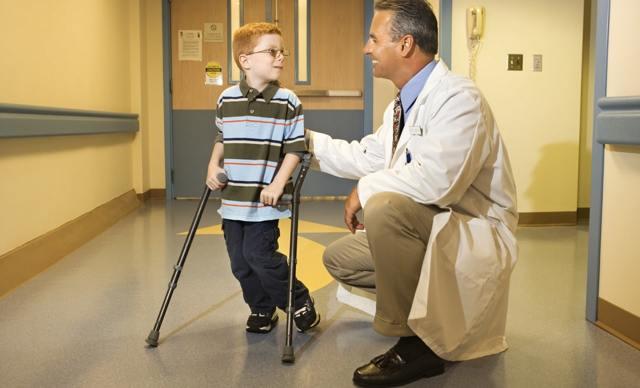 Болезнь Легга-Кальве-Пертеса у детей и взрослых: причины, симптомы, лечение, прогноз и фото