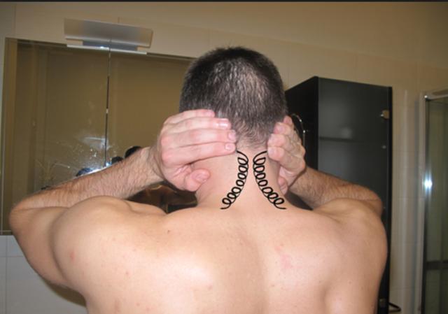 Самомассаж при шейном остеохондрозе: как самостоятельно делать массаж шеи и воротниковой зоны при остеохондрозе шейного отдела позвоночника