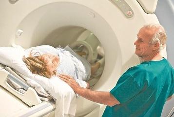 Лучевая терапия при раке прямой кишки: техника проведения, последствия и прогноз