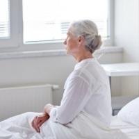 Операция при переломе шейки бедра в пожилом возрасте: показания, виды, сроки реабилитации и стоимость