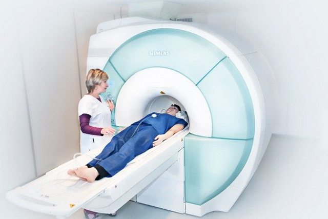 Синдром позвоночной артерии при шейном остеохондрозе: симптомы и лечение