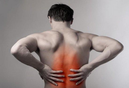 Опоясывающая боль в животе, пояснице и спине у мужчин и женщин: причины, первая помощь и лечение