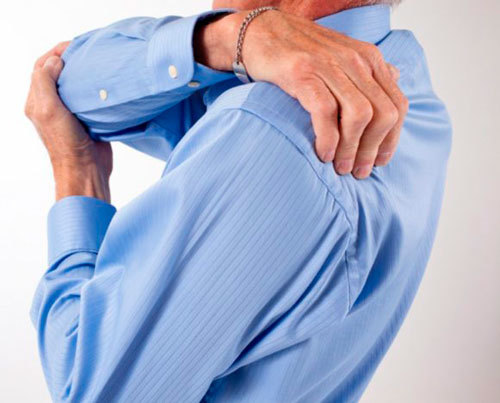 Что делать, если защемило нерв в лопатке