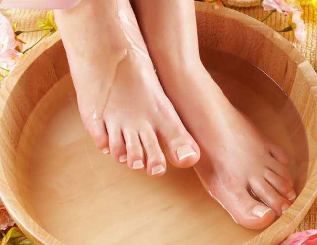Как определить и распознать грибок на ногах в домашних условиях