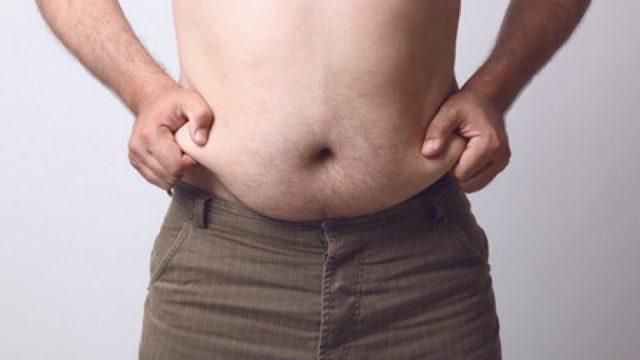 Как убрать живот у бока у мужчин в тренажерном зале: программы тренировок и правила выполнения