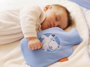 Массаж при коликах у новорожденного: правила выполнения