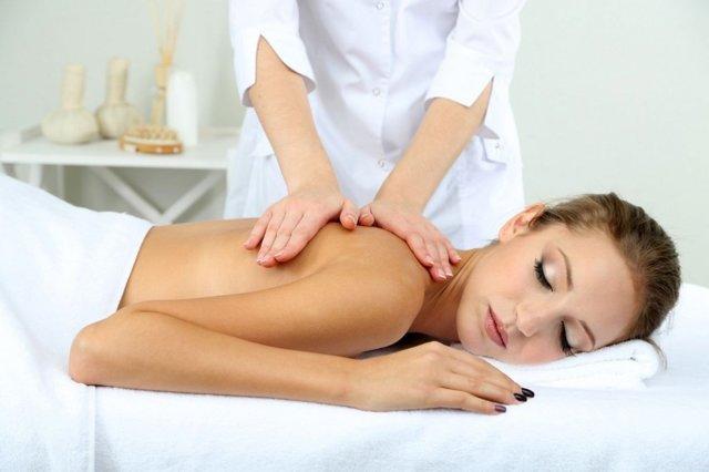 Массаж спины: цена, техника выполнения, польза для здоровья, отзывы, показания и противопоказания