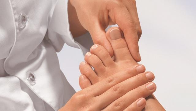 Лечение и удаление грибка ногтей лазером: отзывы и эффективность