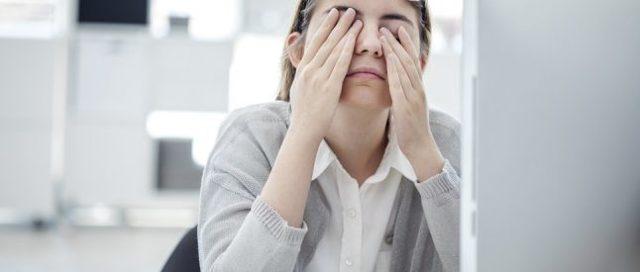 Психосоматика мигрени: метафизические и психологические причины заболевания по мнению Лиз Бурбо, Луизы Хей, Синельникова