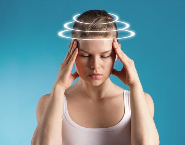 Странные ощущения в голове: причины непонятного состояния и дискомфорта в голове
