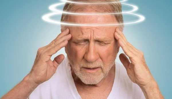 Закладывает уши и кружится голова: что это, от чего происходит, причины слабости