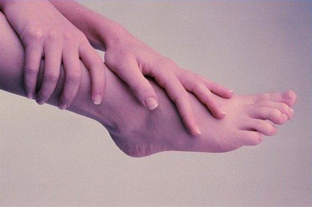 Ампутация ноги выше колена: реабилитация, группа инвалидности, ходьба на протезе