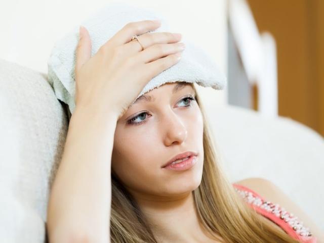 Что сделать, если шишка на голове после удара не проходит: как и чем лечить шишку