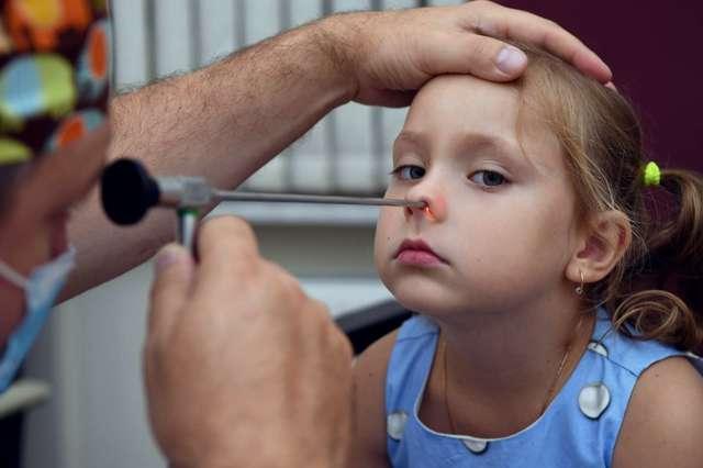 Аллергические аденоиды у детей: симптомы, лечение