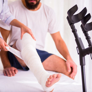 Строение коленного сустава человека: суставные сумки и мыщелки, болезни и лечение